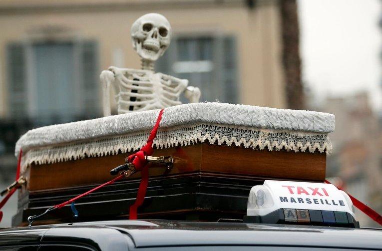 Акция протеста таксистов Марселя.