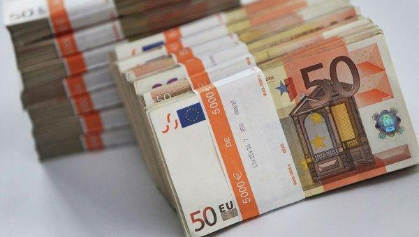 Курс валют на19февраля: доллар иевро резко подорожали после выходных