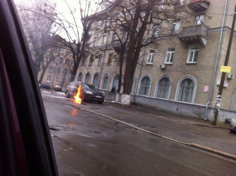 Возгорание машины адвоката Андрея Федура