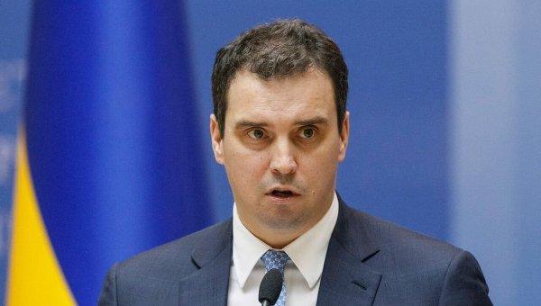 Министры-«реформаторы» ипримкнувший кним Стець забирают заявления оботставке