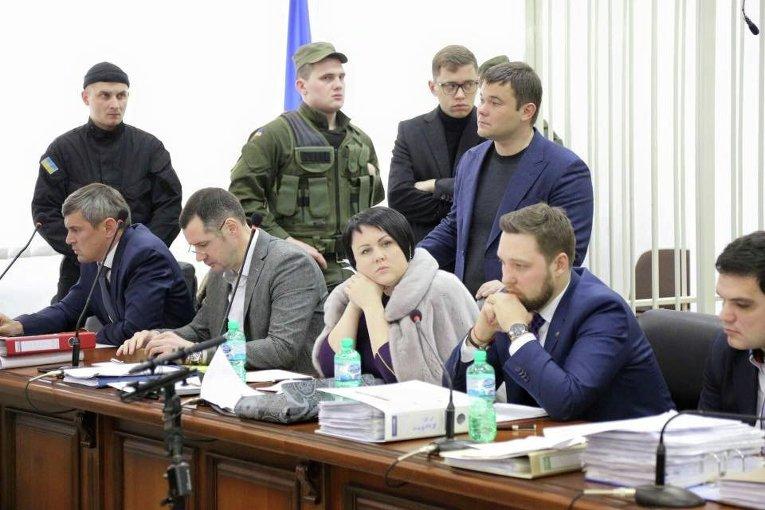 Защита Геннадий Корбана на судебном заседании