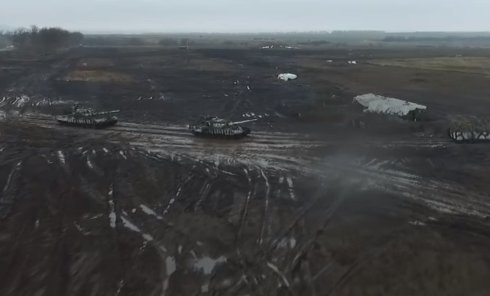 Масштабные учения в ДНР. Вид с беспилотника. Видео