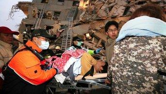 Спасательные работы после землетрясения на Тайване
