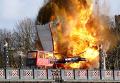 Взрыв автобуса на Ламбетском мосту в Лондоне во время съемок фильма