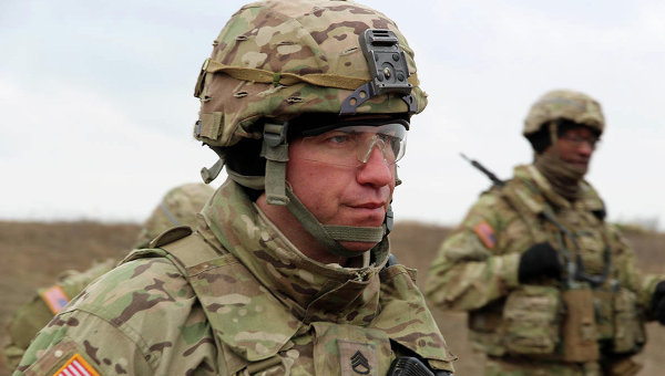 Как инструкторы НАТО обучают украинских военных. Архивное фото