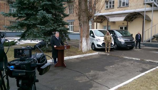 Петр Порошенко на принятии присяги спецназом НАБУ