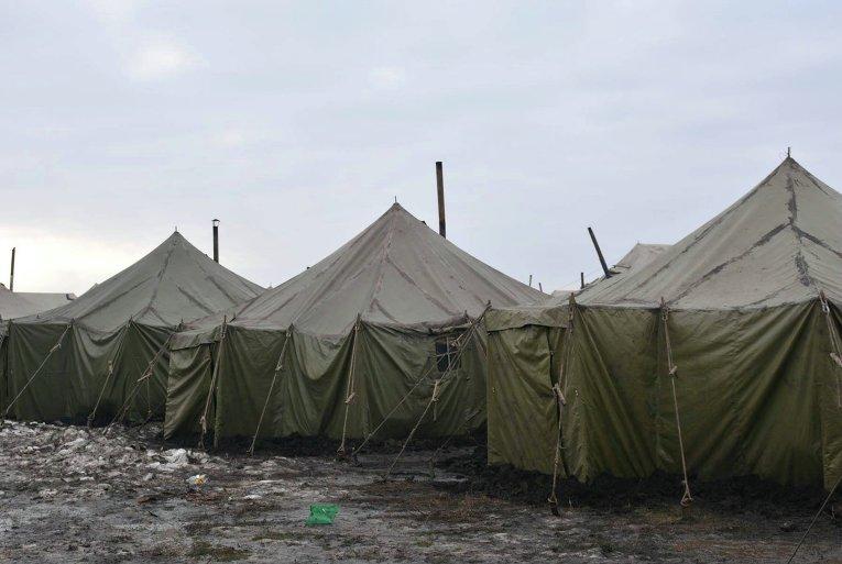 Муженко познакомился с условиями службы 53-й омбр на полигоне Широкий Лан