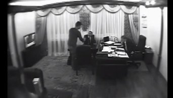 Сын Авакова поставяет рюкзаки для МВД. Видео