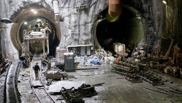 Строительство метро. Архивное фото