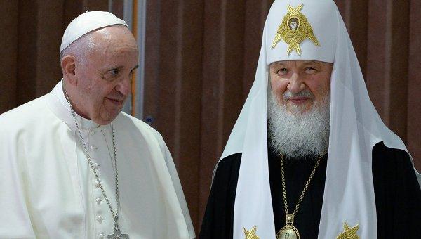 Почему католии пошли против и отошли от православия? 1005157401