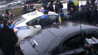 Пикет под МВД и управлением патрульной полиции