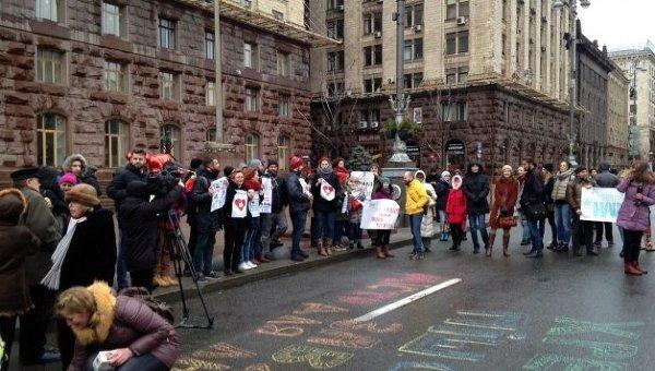 Киевляне требуют оставить пешеходный Крещатик
