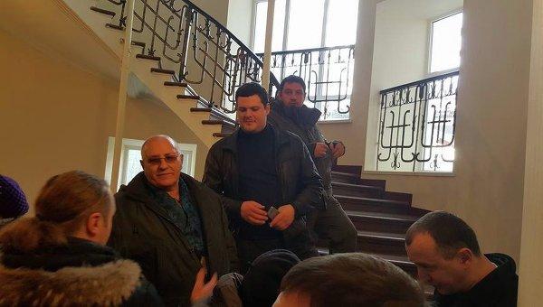 Члены Свободыс нардепом Ильенко требуют в здании Минюста лишить лицензии дочку Сбербанка РФ