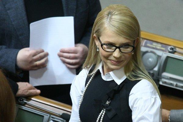 Тимошенко пришла на отчет Кабмина с новой прической