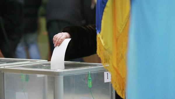Голосование жителей Киева в день второго тура выборов президента Украины