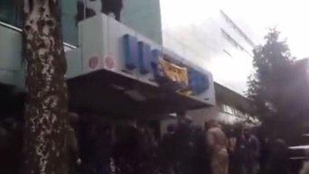Представители Азова блокируют Интер