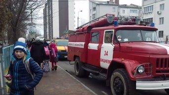 Отравление детей в школе в Киевской области. Видео