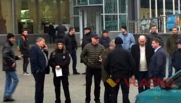 Винницкая полиция составила протоколы на Гройсмана