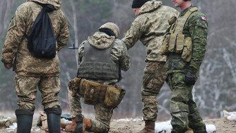 Обучение украинских военнослужащих канадскими инструкторами по программе UNIFIER