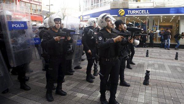 Разгон демонстрации в Стамбуле. Архивное фото