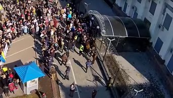 Акция под посольством РФ в Киеве. Съемка с воздуха. Видео