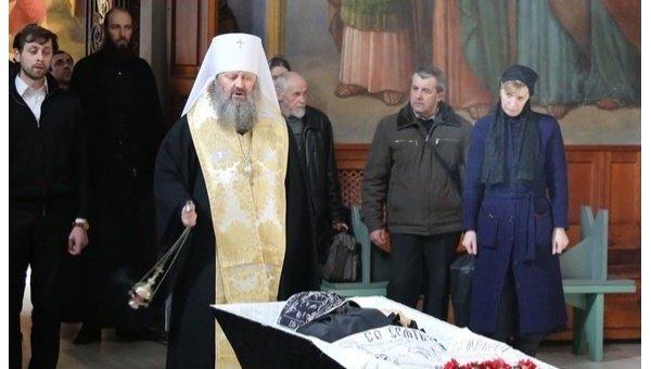 Наместник Лавры митрополит Вышгородский и Чернобыльский Павел