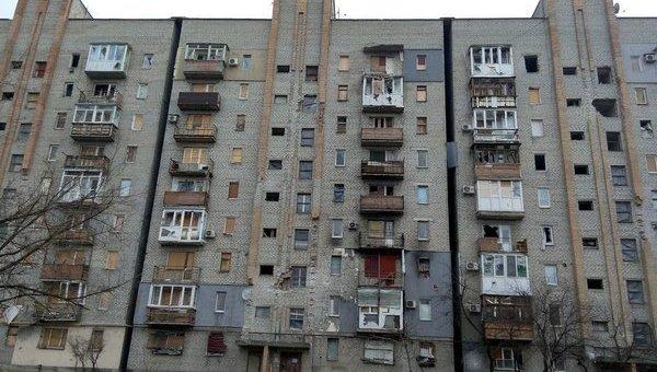 Поврежденный дом в зоне АТО