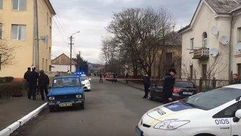 На месте стрельбы в Мукачево