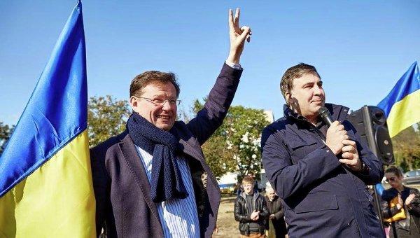 Александр Боровик и Михаил Саакашвили. Архивное фото