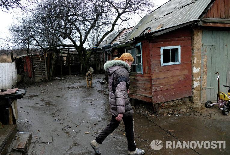 Последствия обстрелов поселка Зайцево в Донецкой области