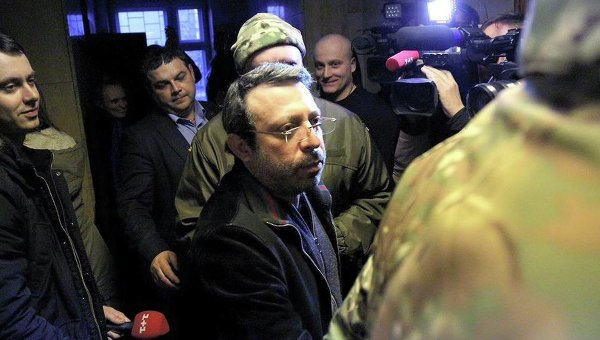 Суд освободил Корбана под домашний арест