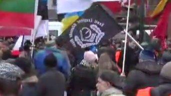 Массовое шествие легионеров СС в Риге