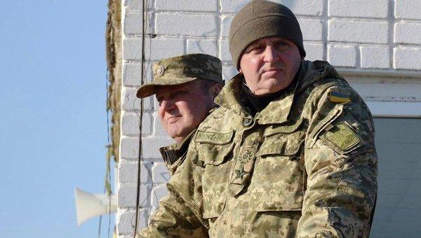 Руководитель Генштаба ВСУ обещает не посылать новобранцев вДонбасс