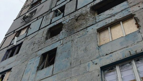 Четыре дома повреждены в Донецке и Макеевке в результате обстрелов украинскими карателями