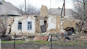 Разрушения в Донбассе после обстрелов. Архивное фото