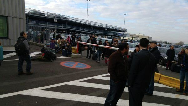 Эвакуация из брюссельского аэропорта после взрывов