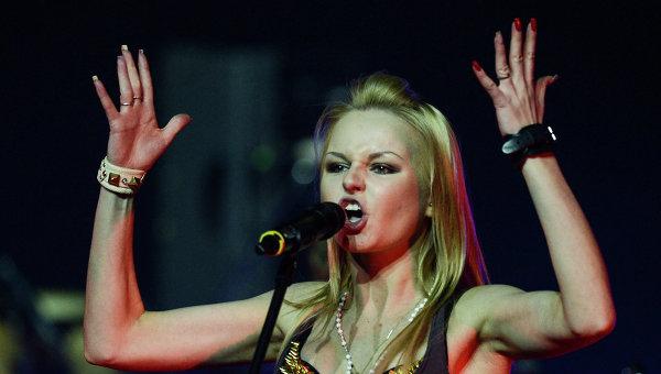 Певица Алиса Вокс