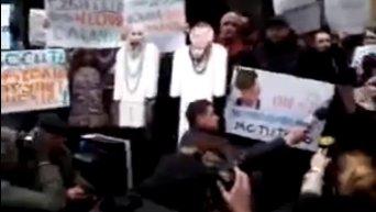 Митинг под ГПУ: активисты требуют прекратить крышевание бриллиантовых прокуроров