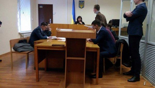 Суд отпустил подозреваемого в убийстве Бузины Медведько до 25 мая