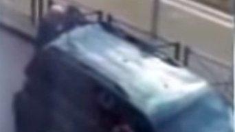 Взрывы в ходе полицейской операции в Брюсселе осуществили саперы. Видео