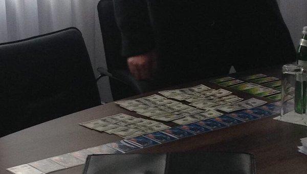 Деньги, изъятые при задержании руководителя полиции Черкасской области