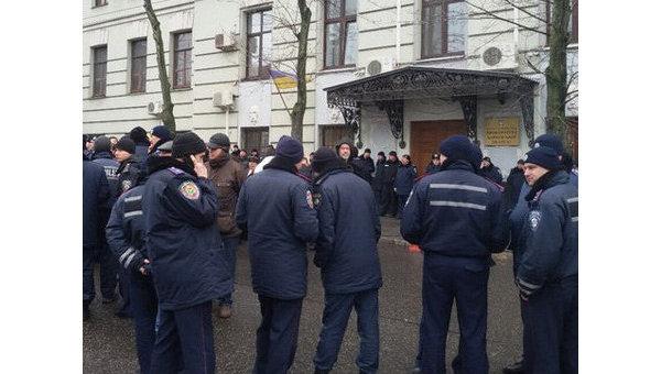 Правоохранители на месте потасовки в Харькове