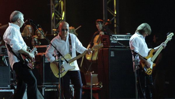 Музыканты рок-группы ВоскресениеАлексей Романов, Андрей Сапунов, Дмитрий Леонтьев