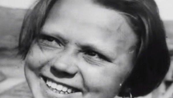 Кадр из фильма Дзиги Вертова Одиннадцать