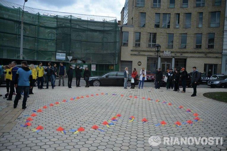 В Киеве провели в Нидерланды участников марафона