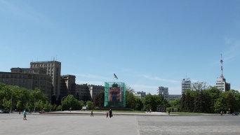 Постамент в центре Харькова без Ильича уже полтора года