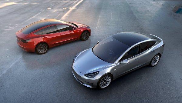 Вэлектромобилях Tesla будет доработан автопилот