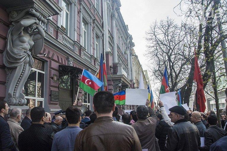 Алиев: Отношения РФ сАзербайджаном представляют огромное значение