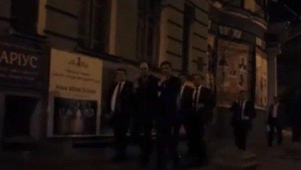 Аваков. Яценюк и Иванчук на Печерских Липках ночью