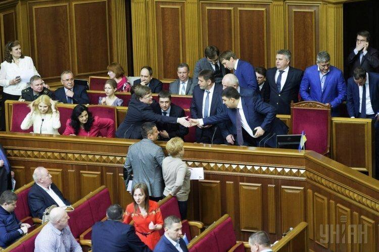 Министры нового Кабмина на часе вопросов в Раде